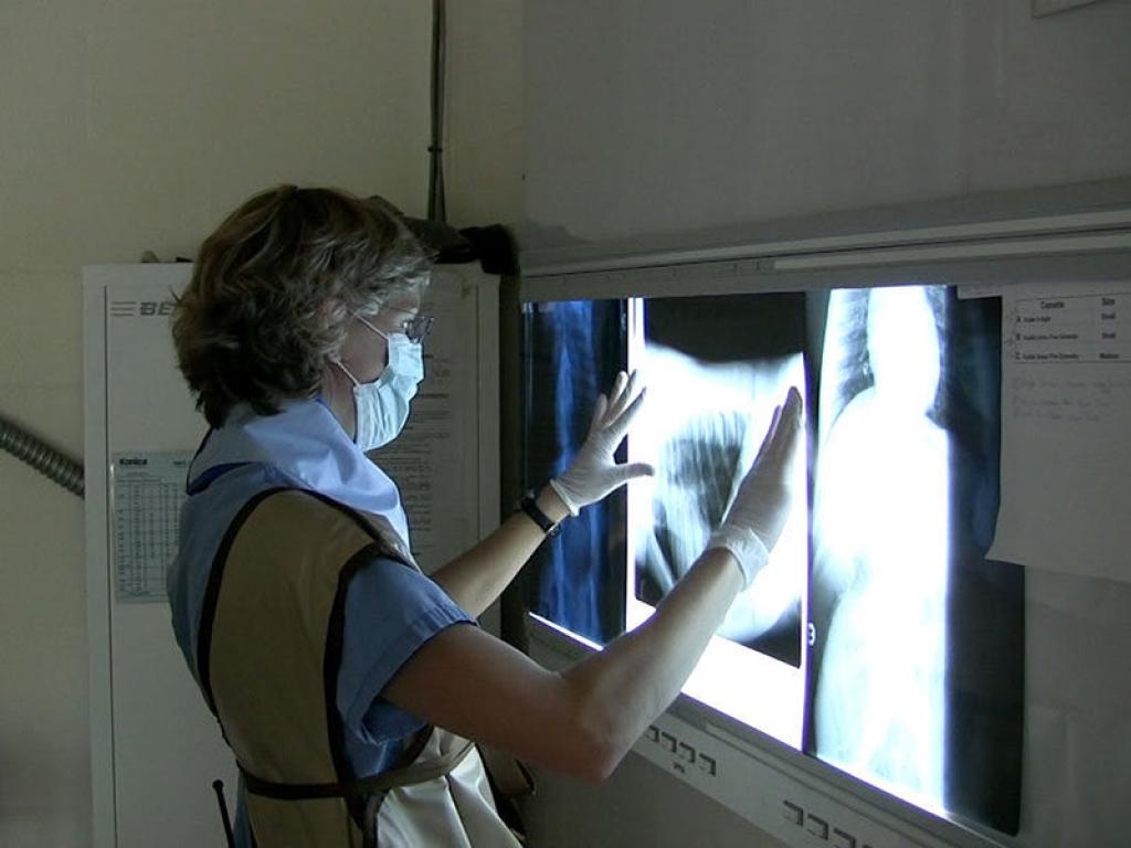 veterinarian-bonobo-radiograph-gallery-web